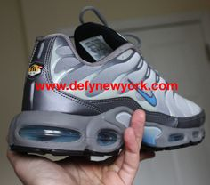 25e07b5fd25 Nike Air Max Plus Cool Grey Coast-Neutral Grey 1999 Original. DeFY. New York