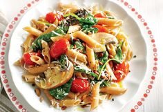 Spinach, Tomato and Portobello Pasta recipe - Canadian Living - omit parmesan to make vegan :) Sauce Recipes, Pasta Recipes, Chicken Recipes, Lunch Recipes, Vegetarian Recipes, Healthy Recipes, Confort Food, Canadian Food, Dinner Is Served