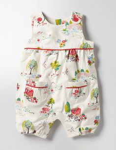 Baby boy clothes to sew kids pants 55 New Ideas Baby Girl Dress Patterns, Baby Girl Dresses, Baby Dress, Cute Witch Costume, Baby Boy Outfits, Kids Outfits, Little Fashionista, Kids Pants, Girls Rompers