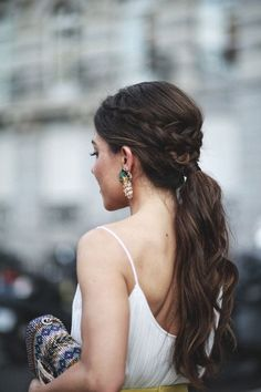 34 beautiful braided wedding hairstyles for the modern bride Beautiful braided wedding hairstyles_bridal ponytail 7 Braided Ponytail Hairstyles, Braided Hairstyles For Wedding, Box Braids Hairstyles, Loose Hairstyles, Bride Hairstyles, Low Ponytails, Pretty Hairstyles, Female Hairstyles, Teenage Hairstyles