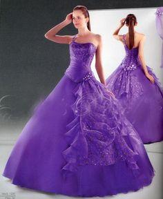 Vestidos de novia en color lila