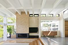 Image 4 of 19 from gallery of d+k House / buck&simple. Photograph by Simon Whitbread