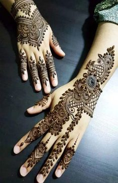 Check out these amazing mehndi designs by the top Mehendi artists before you book online. Some of these Arabic, full hand, Moroccan, mandala bohemian henna designs you will love at the wedding. Pakistani Mehndi Designs, Eid Mehndi Designs, Traditional Mehndi Designs, Simple Arabic Mehndi Designs, Mehndi Designs For Girls, Modern Mehndi Designs, Mehndi Design Pictures, Beautiful Mehndi Design, Mehndi Images