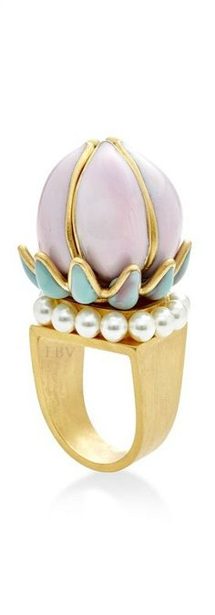 Gripoix ♥✤Pastel pink and pearl Fantasia flower ring