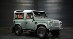 2011 Land Rover Defender  - DEFENDER 90 SW HERITAGE Unique by Gt Gallery | Classic Driver Market