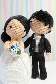 Amigurumi Crochet Wedding Couple White Gown Black door AgnesGurumi