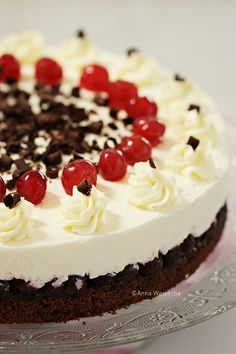 Wiem co jem: Serniki Black Forest Cheesecake, Ricotta, Food And Drink, Cooking Recipes, Paleo, Baking, Easy, Breads, Food