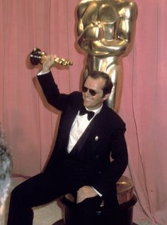 Pin for Later: All the Fun Vintage Pictures From the Oscars Press Room Jack  Nicholson