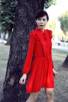 A modern fairytale: Juliane like Little Red Riding Hood.  A red dress can be a way to say how much you are brave.   Street Fashion Photography, our Outfit of the day (OOTD) by Edith De Michele.