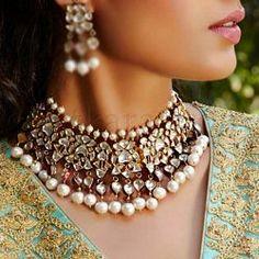 Abhyan Necklace