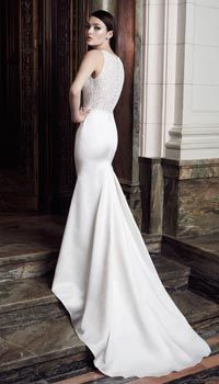 Discount wedding dresses London - View our collection discount designer wedding dresses. We always have a selection of reduced designer wedding dresses. Wedding Dresses London, Lace Back Wedding Dress, Wedding Dresses Size 14, Bridal Wedding Dresses, Bridesmaid Dresses, Lace Wedding, Discount Designer Wedding Dresses, Mikaella Bridal, Allure Bridal