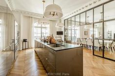 Apartment for sale PARIS - 5 main rooms Apartments For Sale, Rum, Kitchen Island, Kitchen Design, Traditional, Living Room, Luxury, Modern, Table