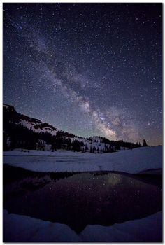 The Milky Way galaxy... so beautiful!! I'm not sure where this is but I want to go there. =-)