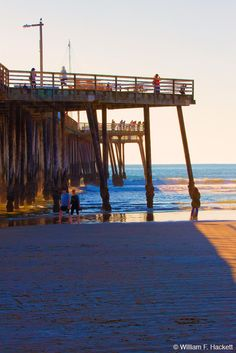 """Pismo Beach Pier, Pismo Beach, California! https://en.wikipedia.org/wiki/Pismo_Beach,_California Cheshire Cat Photo is """"Your Guide to California's Wonderland!™"""" Image ©2016 William F. Hackett, All Rights Reserved. Shop the Cheshire Cat Photo Gallery for prints (even on metal and canvas) https://cheshirecatphoto.smugmug.com/ and Cheshire Cat Photo Store (for inexpensive merchandise with images of California) http://www.zazzle.com/cheshirkat, and view our Web site…"""