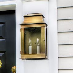 Northeast Lantern Concord 2 Light Outdoor Flush Mount Finish: Antique Brass, Shade Type: Clear Seedy