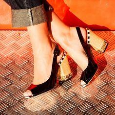 Vicenza coleção Summer 2015 #sapato #shoes #sandalia #golden #black #navi