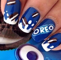Two of my fav things oreo and nail art combined in one this is a dream come true lol! Two of my fav things oreo and nail art combined in one this is a dream come true lol! Crazy Nails, My Nails, Glitter Nails, Food Nail Art, Nagellack Design, Fire Nails, Best Acrylic Nails, Dream Nails, Cute Nail Art