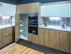 El espacio lo es todo. Aprovéchalo. #cocinas #mueblesdecocina