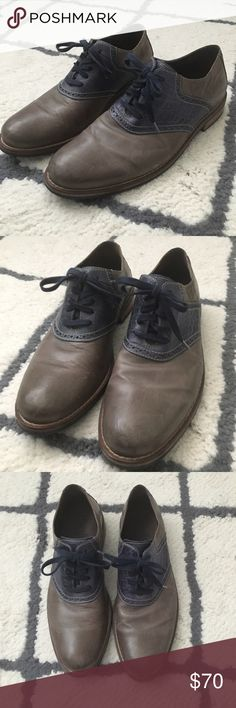 Cole Haan Men's Shoes - Amazing Condition These Cole Haan oxfords have barely been worn! Amazing condition! Size 9.5. Color is navy and a dark greenish-grey-brown. (Hard to describe lol) Cole Haan Shoes Oxfords & Derbys