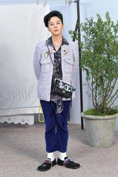 G-Dragon Makes a Chic Return to Paris Fashion Week Seungri, Yg Entertainment, Kpop Fashion, Fashion Outfits, G Dragon Fashion, Rapper, Bigbang G Dragon, Instyle Magazine, Cosmopolitan Magazine