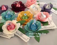 Pinner before:LoveTo Be Stampin': Hersey Kiss Sprial Flowers Candy Flowers, Paper Flowers, Kids Crafts, Hersey Kisses, Candy Grams, Chocolate Bouquet, Chocolate Favors, Candy Bouquet, Sucker Bouquet