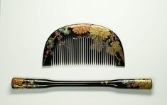 Kushi & Kogai Kanzashi - Chrysanthemum, Paulownia Leaves and Cherry Tree Limbs and Flowers Hair Comb and Hair Ornament. Carved, Hand-Painted and Maki-e Lacquered Wood. Edo to Meiji Periods.
