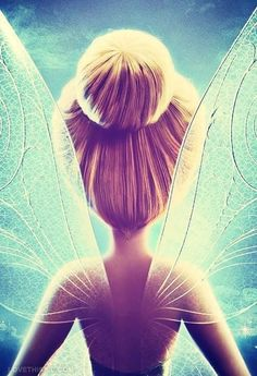 I pinned this because. it is a beautiful image and tinker bell reminds me of my niece. She LOVES tinker bell, and has made her mommy like it too. Art Disney, Disney Kunst, Disney Magic, Disney And Dreamworks, Disney Pixar, Disney Characters, Disney Parody, Disney Bound, Tinker Bell