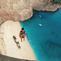 Greece Beach Bungee Jump Places to travel 2019 This is the most scenic and terrifying bungee jump in the world.Griechenland Strand Bungee Jump - World of ideas !How to Remove 4 Common StainsThat looks freaking terrifyingThe Best Zakynthos Day Trips and Ex Vacation Places, Vacation Spots, Places To Travel, Travel Destinations, Cool Places To Visit, Places To Go, Scary Places, Destination Voyage, Blog Voyage