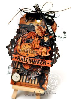 O Happy Haunting Halloween Gift Tag - Ania Hababicka created the most wonderful tag with it! Fröhliches Halloween, Halloween Paper Crafts, Halloween Projects, Holidays Halloween, Vintage Halloween, Halloween Decorations, Halloween Quotes, Prima Doll Stamps, Prima Paper Dolls