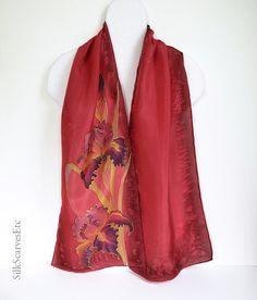 Bufanda floral roja bufanda de seda púrpura iris por SilkScarvesEtc