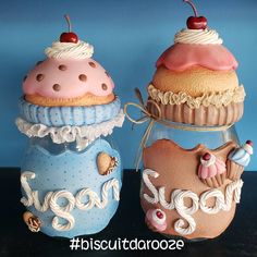 Cupcakes Decorados Ideas Polymer Clay 27 Ideas For 2019 Polymer Clay Projects, Diy Clay, Polymer Clay Art, Cupcake Decorating Party, Kitchen Ornaments, Clay Jar, Cupcake Drawing, Recycled Glass Bottles, Diy Crafts To Do
