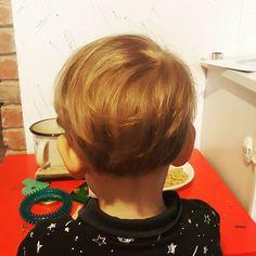 Obciełam sama  Nagle wydaje się być taki dorosły  #firstcut #babyhair #babyboy #toddler #boy #hair #włosy #wlosy #fryzjer #dziecko #chlopiec #kakaludek #polska #poznań #poznan #poland #instadziecko #instamama #instamatka