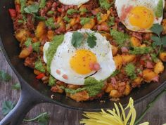 Breakfast Hash Chorizo Butternut Squash New Ideas Breakfast Hash, Paleo Breakfast, Breakfast Bites, Breakfast Recipes, Butternut Squash Hash, Sausage Frittata, Bacon Potato, Sweet Potato, Big Meals