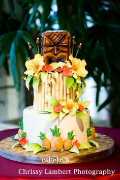 Eating Hawaii Pineapple Wedding Cake Hawaiian Time Machine