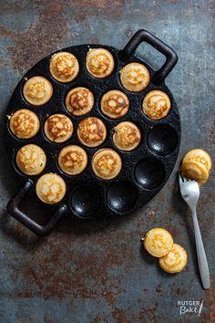 Poffertjes, nb lees recept voor gist-versie!! Food N, Food And Drink, Dutch Recipes, Pancakes And Waffles, Fun Cooking, High Tea, Poffertjes, Vegetarian Recipes, Food Photography