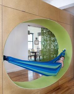 GoGo-squeeZ-Playful-Office-10-hammock
