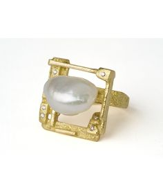 "Narcissus - Borghesi Jewelry  |  Technique: Granulation and Texture;  Materials: 18 K gold, South sea Keshi pearl, 0,12 ct DIF diamonds base l 1""' square"