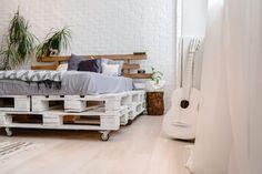 κρεβάτι με παλέτες
