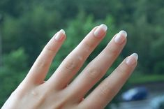 How to Make Your Fingernails Look White Under the Underside of Your Nails thumbnail