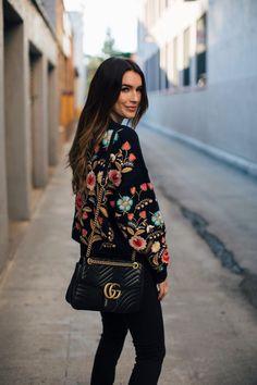 Cozy Embroidery - Gucci Sweater - Ideas of Gucci Sweater - Gucci Marmont Medium Bag Boho Fashion, High Fashion, Winter Fashion, Fashion Outfits, Womens Fashion, Looks Style, My Style, Gucci Marmont Bag, Gucci Handbags