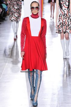 Jonathan Saunders Fall 2015 Ready-to-Wear Fashion Show - Olympia Campbell