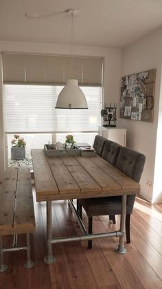 #HomeDecorInspiration Industrial look dining table Source: labuhardilladesign.blogspot.com.es