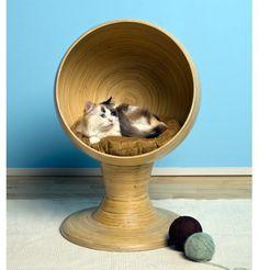 Kitty Ball Bed - Bamboo