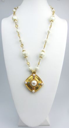SOLD!  $62.00 Fun Pearl Necklace