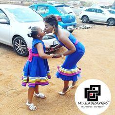 Pedi Traditional Attire, Sepedi Traditional Dresses, African Traditional Wedding Dress, Ways To Wear A Scarf, How To Wear Scarves, African Attire, African Dress, South African Weddings, Latest African Fashion Dresses