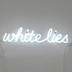 white lies    Soledad Arias   Sculpture