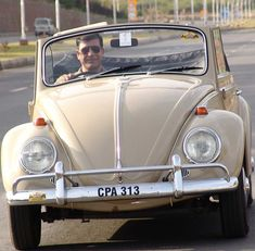 Image may have been reduced in size. Click image to view fullscreen. Vw Cabrio, Samba, Beetle, Volkswagen, Image, Beetles, June Bug