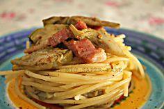 Pasta ai carciofi e pancetta è un'ottimo primo piatto con un abbinamento perfetto tra il sapore tipico del carciofo e quello stuzzicante della pancetta.