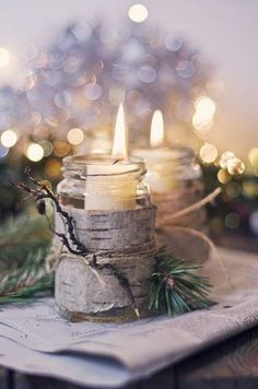 Candles, candles, candles! Everyone loves candles because they create a cozy and warm atmosphere everywhere, and I think there's no more appropriate thing for winter wedding décor than candles. Candles are awesome for centerpieces...