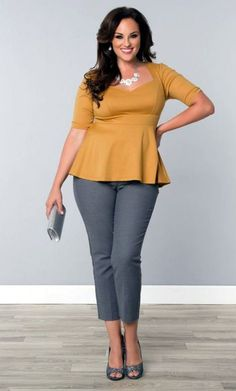 perfect-work-outfits-for-plus-size-women-35